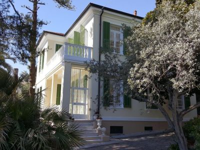 7 bedroom villa for sale, Ospedaletti, Imperia, Liguria