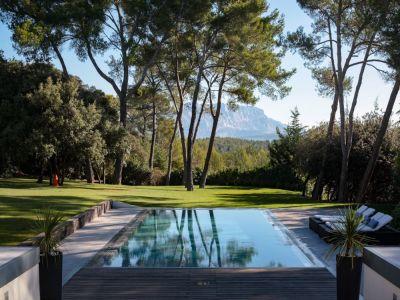 5 bedroom villa for sale, Aix en Provence, Bouches-du-Rhone, Provence