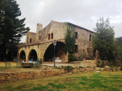 Image 1 | 8 bedroom farmhouse for sale with 4 hectares of land, Girona, Girona Costa Brava, Catalonia 197026