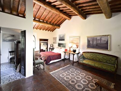 Image 25 | 3 bedroom villa for sale with 10,000m2 of land, Florence, Chianti 201187