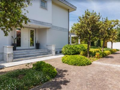 Image 11 | 6 bedroom villa for sale with 3,800m2 of land, Forte dei Marmi, Lucca, Tuscany 202452