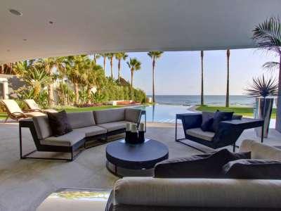 Image 2   6 bedroom villa for sale with 16.2 hectares of land, Los Monteros, Marbella, Malaga Costa del Sol, Andalucia 205592