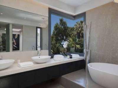 Image 6   6 bedroom villa for sale with 16.2 hectares of land, Los Monteros, Marbella, Malaga Costa del Sol, Andalucia 205592