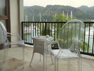 Image 3 | Superb Seychelles 3 Bed Apartment for sale with Pontoon, Dinghy, Electric Car and Scooter. 206122
