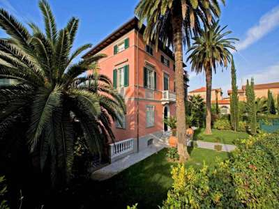 9 bedroom villa for sale, Pietrasanta, Lucca, Tuscany