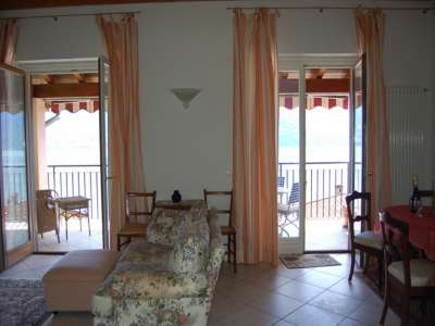 Image 8 | 2 bedroom apartment for sale, Menaggio, Tremezzina, Como, Lake Como 208256