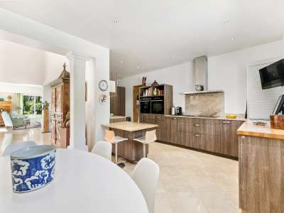 Image 7 | 4 bedroom villa for sale with 4,500m2 of land, Mougins, French Riviera 209958