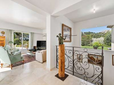 Image 9 | 4 bedroom villa for sale with 4,500m2 of land, Mougins, French Riviera 209958