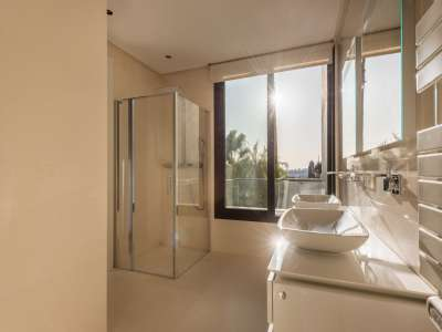 Image 8 | 5 bedroom villa for sale with 1,800m2 of land, Los Flamingos Golf, Benahavis, Malaga Costa del Sol, Andalucia 209964