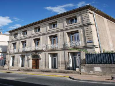 8 bedroom house for sale, Puisserguier, Herault, Languedoc-Roussillon