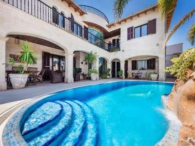 5 bedroom villa for sale, Buger, Central Mallorca, Mallorca