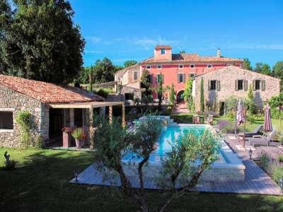 13 bedroom farmhouse for sale, Cereste, Alpes-de-Haute-Provence, Luberon