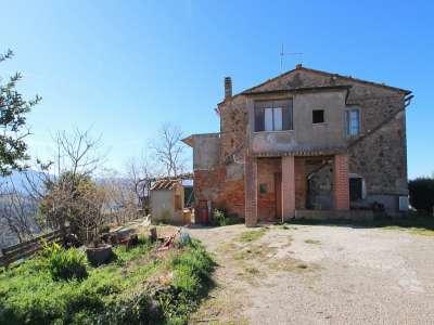 3 bedroom farmhouse for sale, Pomarance, Pisa, Tuscany