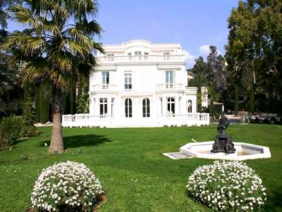 9 bedroom hotel for sale, Croix des Gardes, Cannes, French Riviera