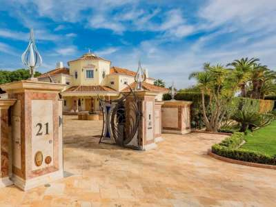 Image 3 | Auction of a Luxury 9 Bedroom Estate with Golf Course Views in Quinta do Lago, Portugal 215881