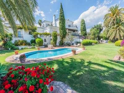 7 bedroom villa for sale, El Paraiso, Benahavis, Malaga Costa del Sol, Andalucia