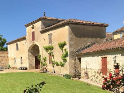 9 bedroom farmhouse for sale, Casteljaloux, Lot-et-Garonne, Aquitaine