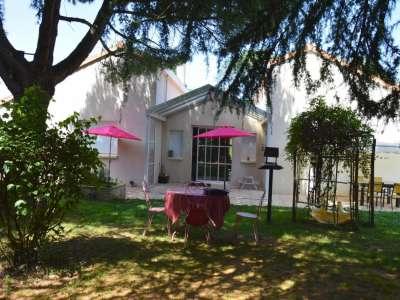 5 bedroom house for sale, Cerizay, Deux-Sevres, Poitou-Charentes