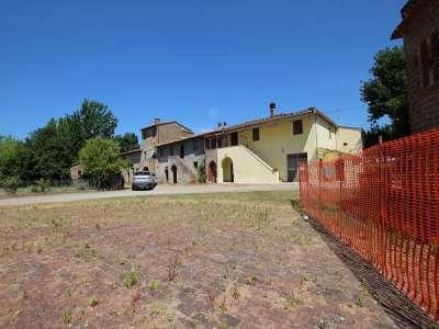 4 bedroom farmhouse for sale, Pisa, Tuscany