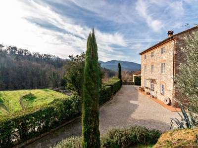 6 bedroom farmhouse for sale, Lucca, Tuscany