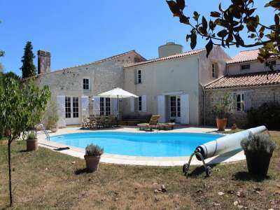 5 bedroom farmhouse for sale, Jonzac, Charente-Maritime, Poitou-Charentes