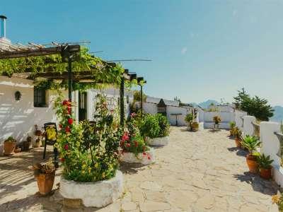 4 bedroom farmhouse for sale, Ardales, Malaga Costa del Sol, Andalucia