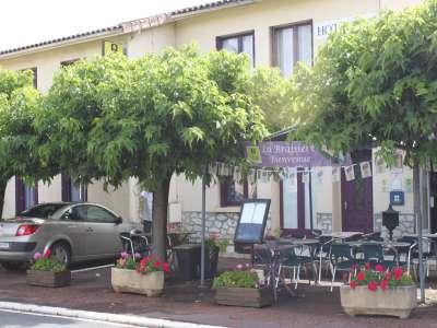 11 bedroom hotel for sale, Aubeterre sur Dronne, Charente, Poitou-Charentes
