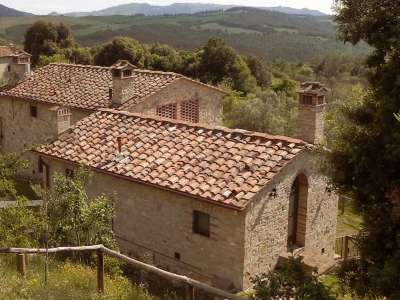 4 bedroom apartment for sale, Volterra, Pisa, Tuscany