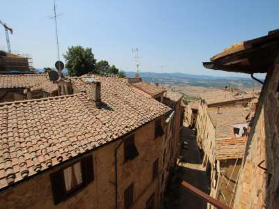 5 bedroom townhouse for sale, Volterra, Pisa, Tuscany