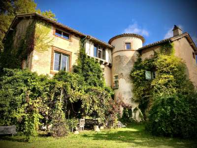 5 bedroom French chateau for sale, Caussade, Tarn-et-Garonne, Midi-Pyrenees