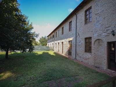 8 bedroom farmhouse for sale, Passignano sul Trasimeno, Perugia, Umbria