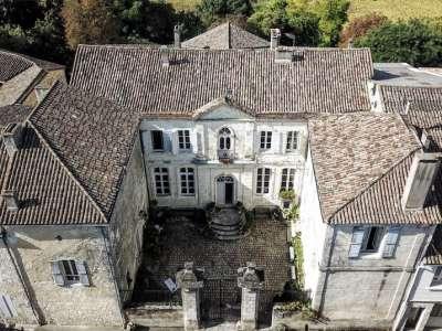7 bedroom French chateau for sale, Castillonnes, Lot-et-Garonne, Aquitaine