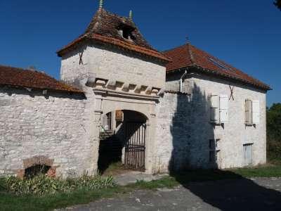 4 bedroom castle for sale, Montaigu de Quercy, Tarn-et-Garonne, Midi-Pyrenees