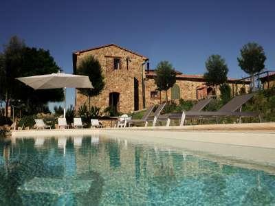 6 bedroom farmhouse for sale, Pomarance, Pisa, Tuscany