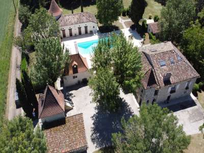 8 bedroom manor house for sale, Montcuq, Lot, Midi-Pyrenees