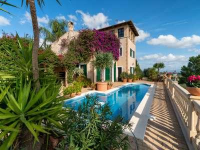 6 bedroom villa for sale, Sineu, Central Mallorca, Mallorca