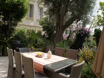 Delightful 3 bedroom Chateau Apartment in Nice for Sale