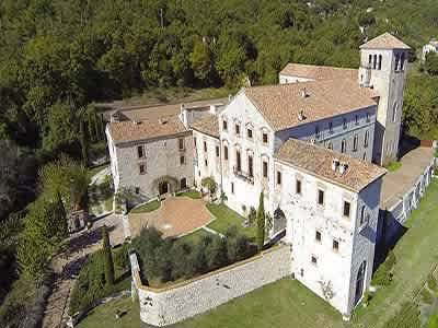 Magnificent renovated former abbey with ...
