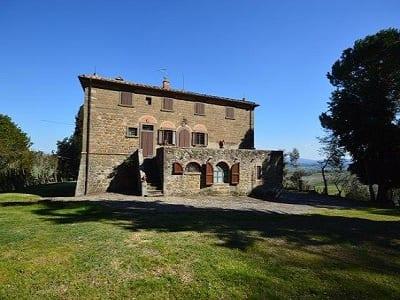 7 bedroom farmhouse for sale, San Gimignano, Volterra, Pisa, Tuscany