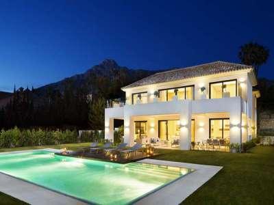 5 bedroom villa for sale, Sierra Blanca,...