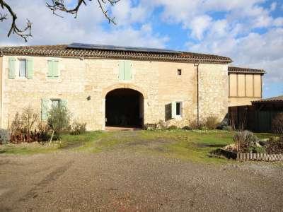 9 bedroom farmhouse for sale, Feugarolle...