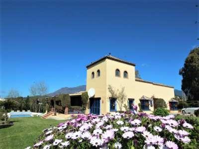 6 bedroom farmhouse for sale, Estepona, ...