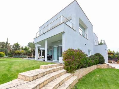4 bedroom villa for sale, Costa de la Ca...