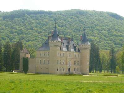 Image 20 | Spectacular French chateau estate in the Jura 120200