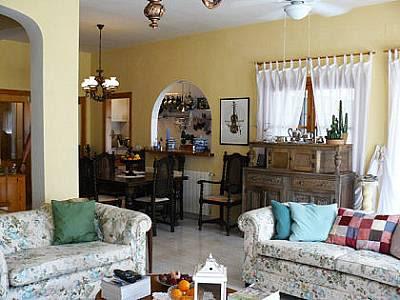 Image 16   5 bedroom villa for sale with 800m2 of land, Competa, Malaga Costa del Sol, Andalucia 129659