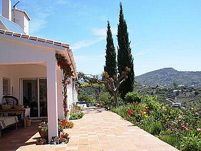 Image 2 | 3 bedroom farmhouse for sale with 4.7 hectares of land, Competa, Malaga Costa del Sol, Andalucia 129839