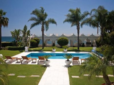 Image 2 | 5 bedroom villa for sale with 0.5 hectares of land, Puerto Banus, Malaga Costa del Sol, Andalucia 171022