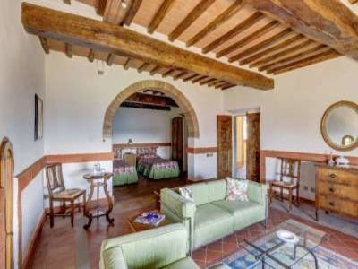 Image 17 | 19 bedroom castle for sale with 940,000m2 land in Chianti, Florence,Italy 177946