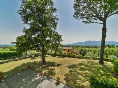 Image 4 | 6 bedroom villa for sale with 1.4 hectares of land, Montecarlo, Lucca, Tuscany 188274