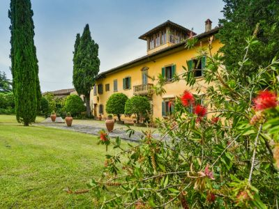 Image 2 | 9 bedroom villa for sale with 2 hectares of land, Florence, Chianti 193437